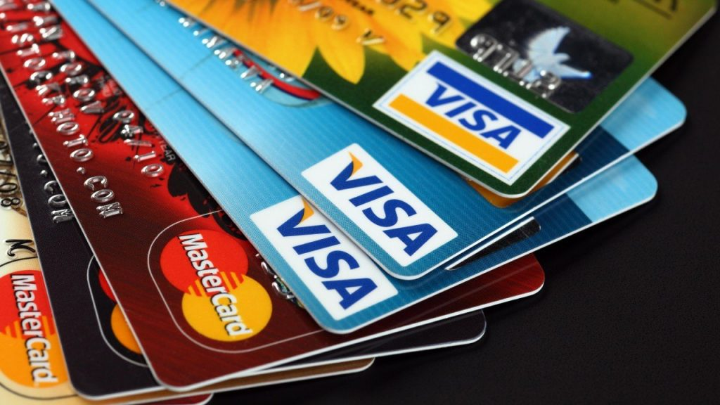 Получение денег на кредитную карту