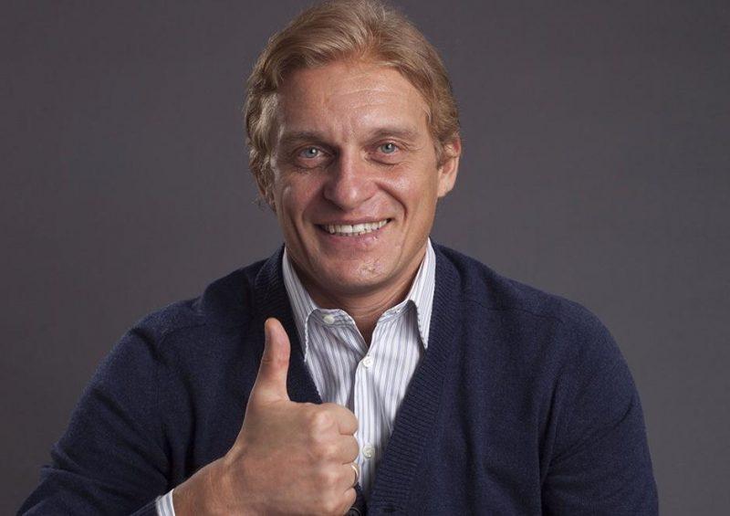 Олег Тиньков заботится о своих клиентах