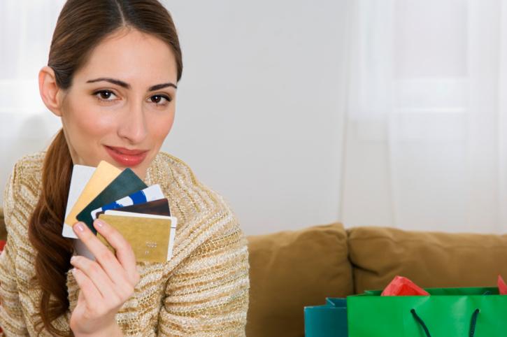 Дебетовые и кредитные карты - в чем отличие
