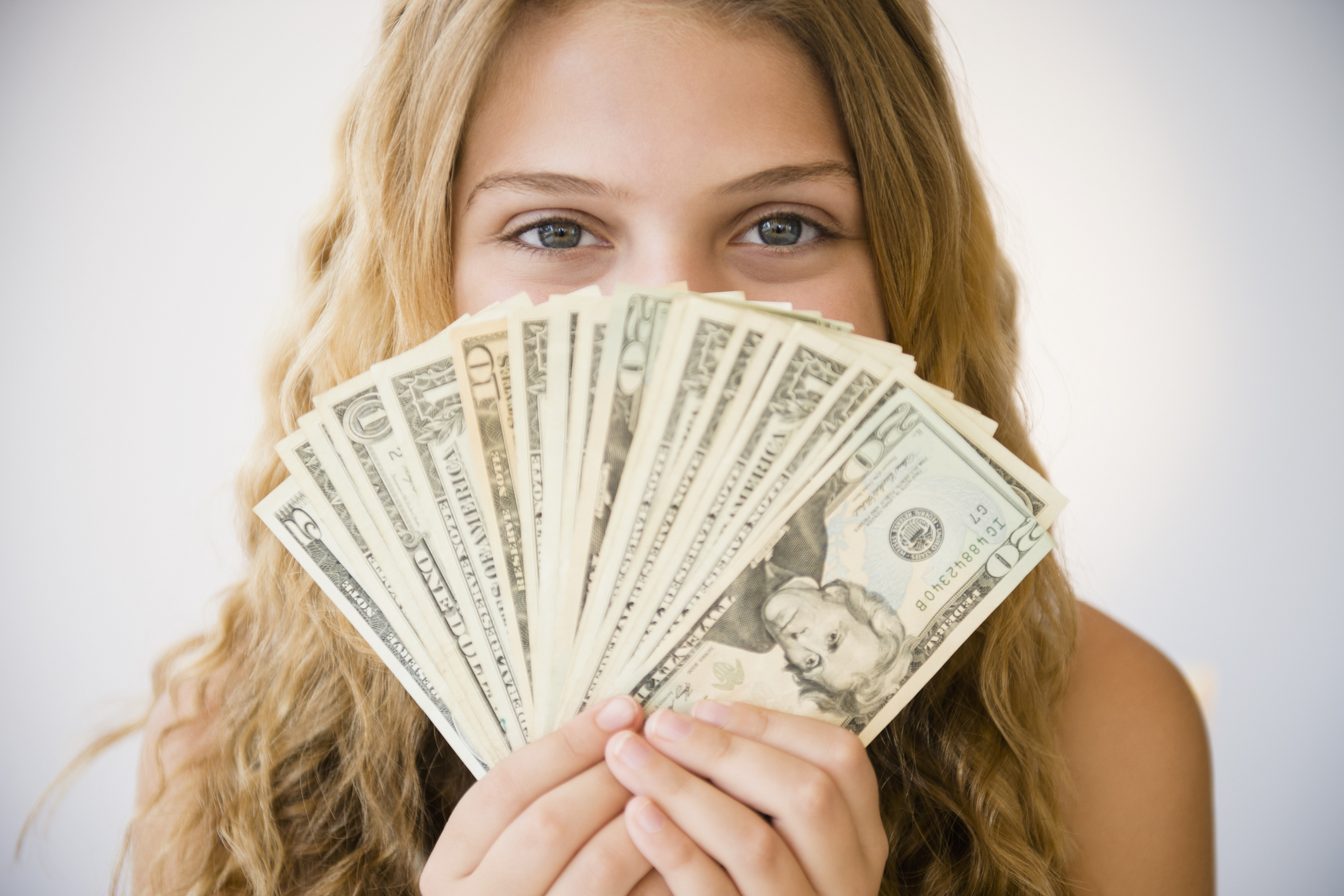 Студентка с деньгами